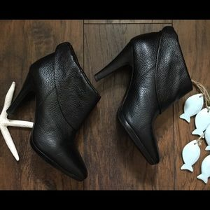 Banana Republic Booties